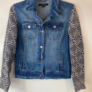 Beautiful Paper Tee Jean Jacket with knit sleeves